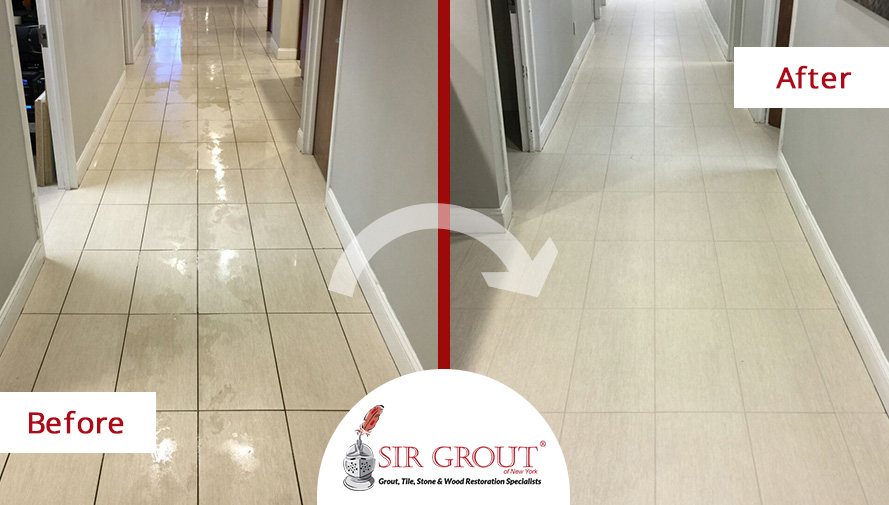 Before and After Picture of a Grout Recoloring Service in Manhattan, NY