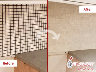 Before and After Picture of a Kitchen Backsplash Grout Recoloring Service in Brooklyn Heights, NY