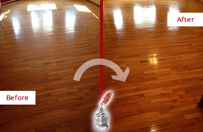 Before and After Picture of a Floral Park Wood Sand Free Refinishing Service on a Room Floor to Remove Scratches